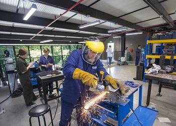 Emprende tu taller industrial